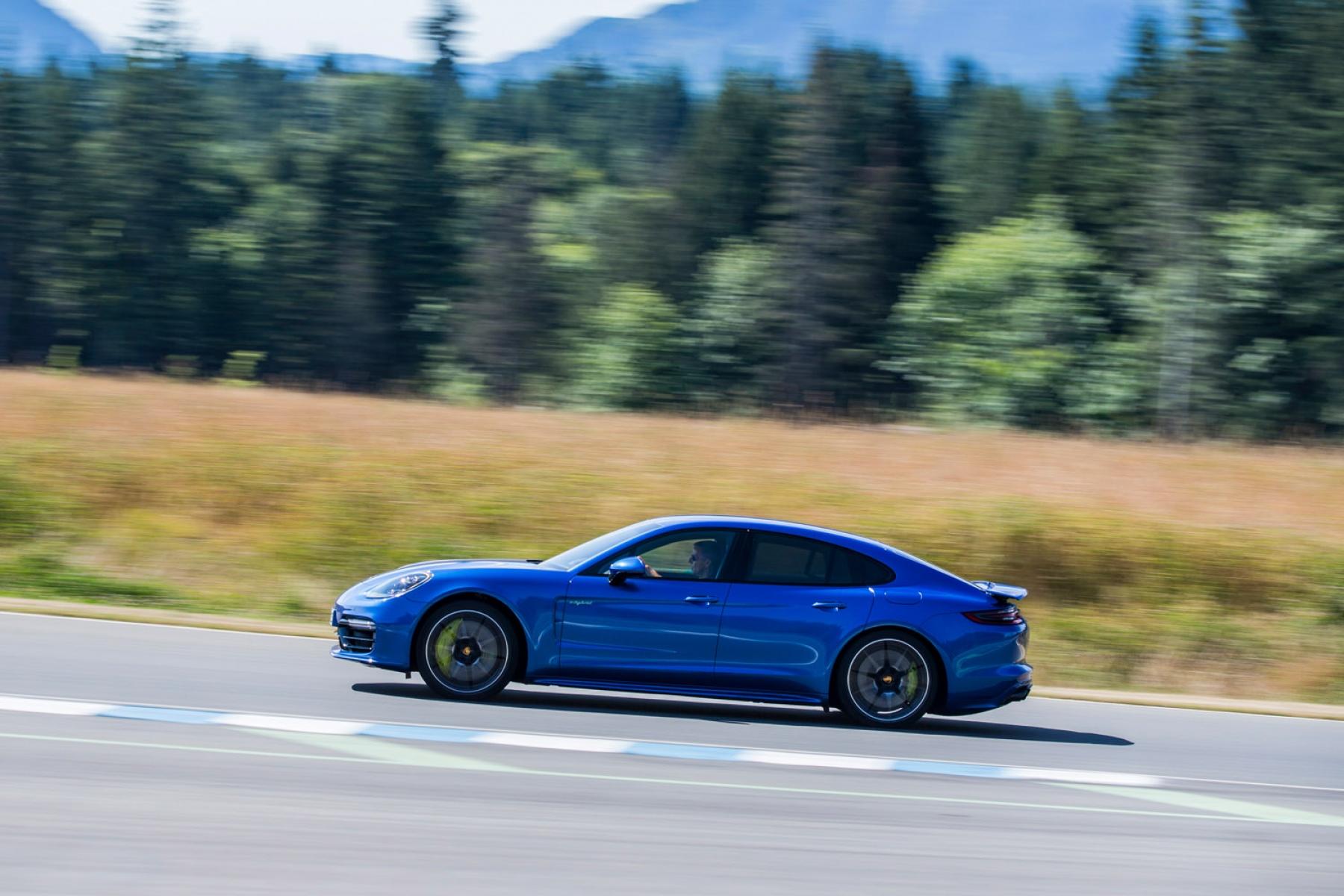 Photos Panamera Turbo S E Hybrid Sapphire Blue Metallic