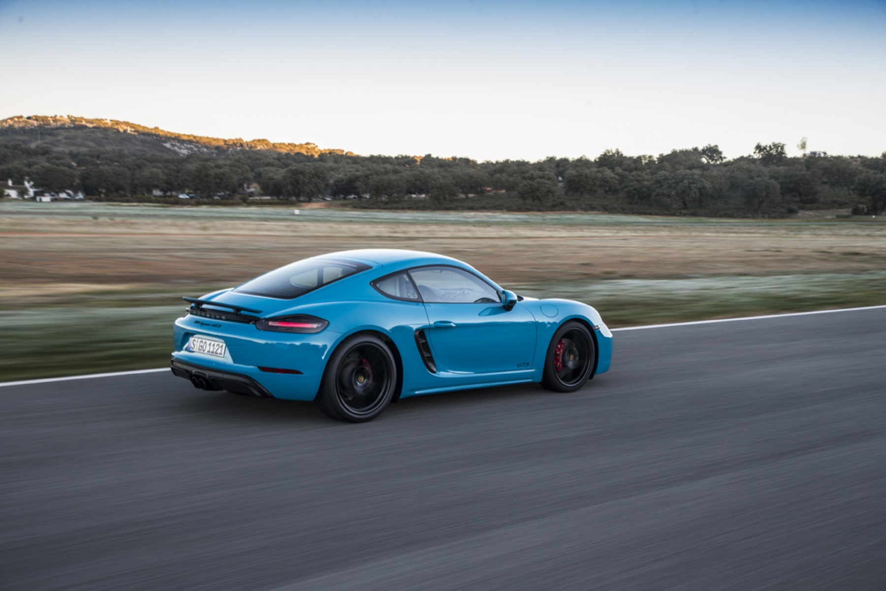 718 cayman gts miami blue the new 718 boxster gts and 718 cayman gts. Black Bedroom Furniture Sets. Home Design Ideas