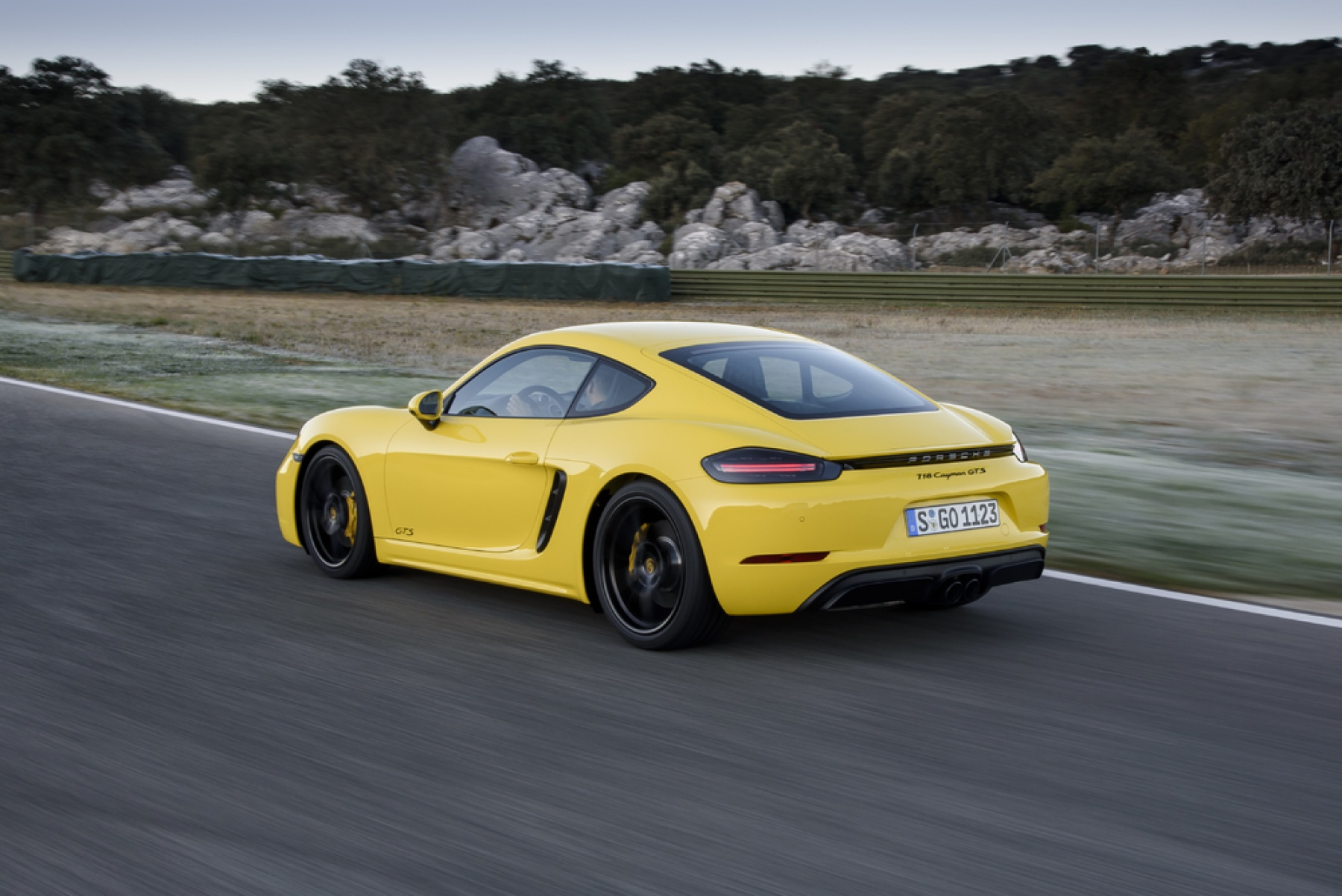718 cayman gts racing yellow the new 718 boxster gts and 718 cayman gts. Black Bedroom Furniture Sets. Home Design Ideas
