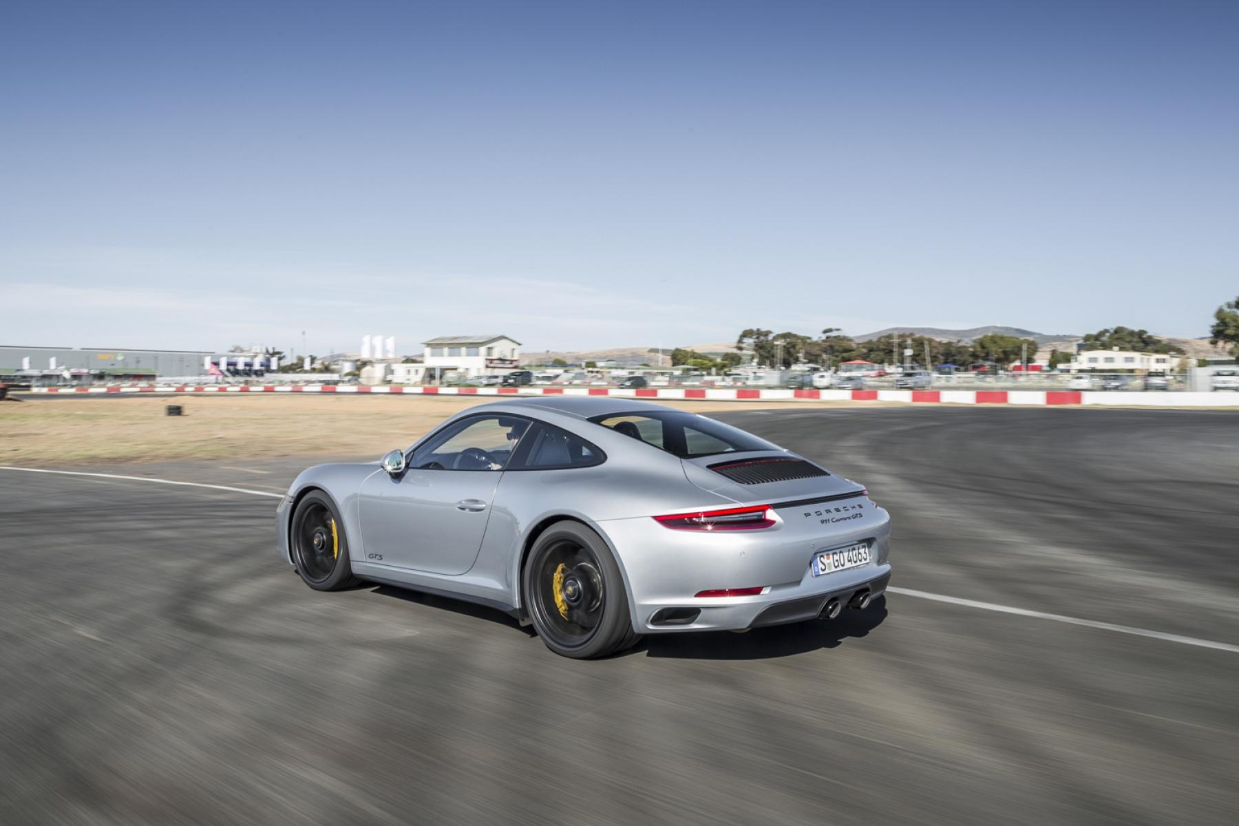 porsche 911 carrera gts coupé rhodium silver metallic - the new