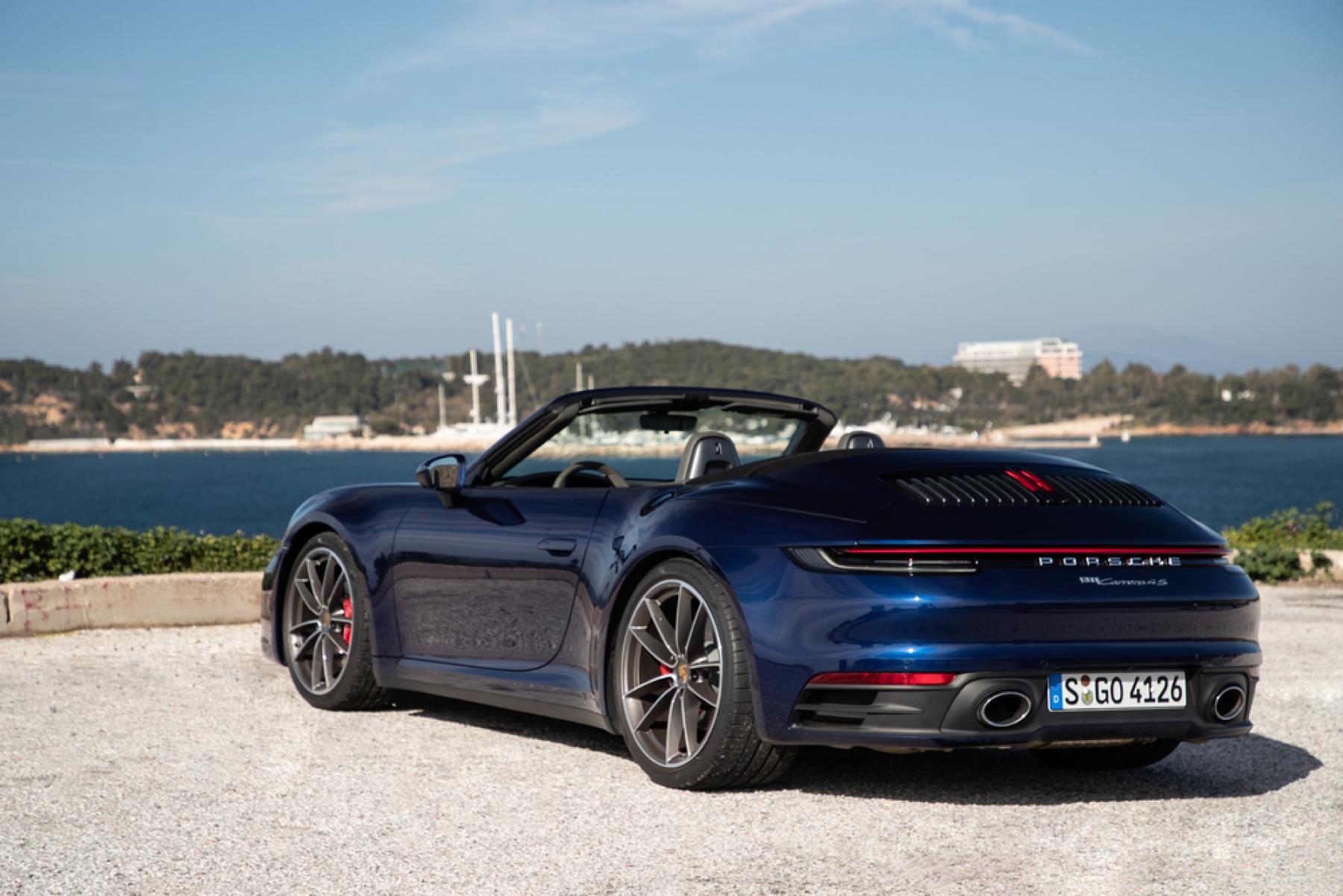 911 Carrera 4s Cabriolet Gentian Blue Metallic S Go 4126 The New Porsche 911 Cabriolet