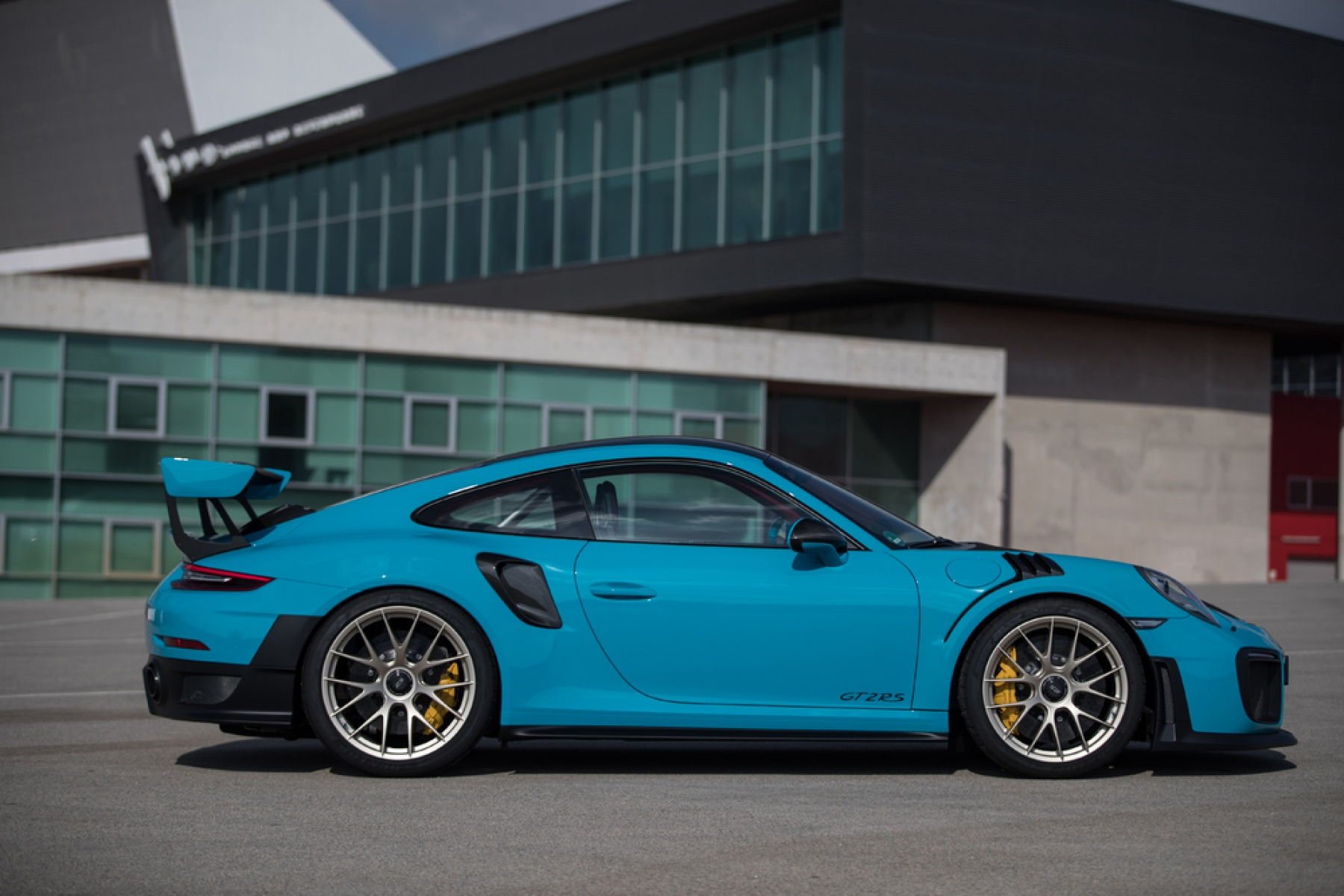 911 gt2 rs miami blue