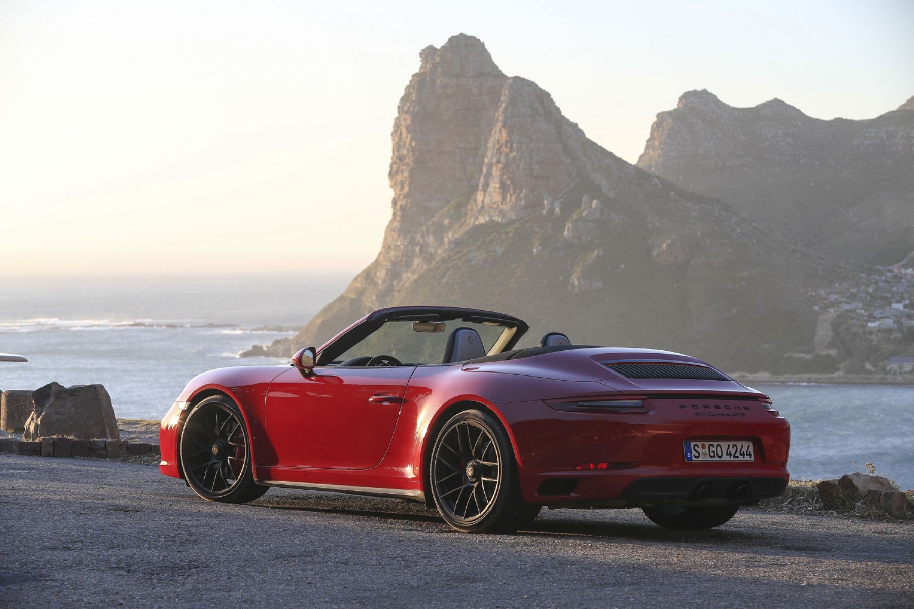 porsche 911 carrera 4 gts cabrio carmine red the new 911 gts models. Black Bedroom Furniture Sets. Home Design Ideas