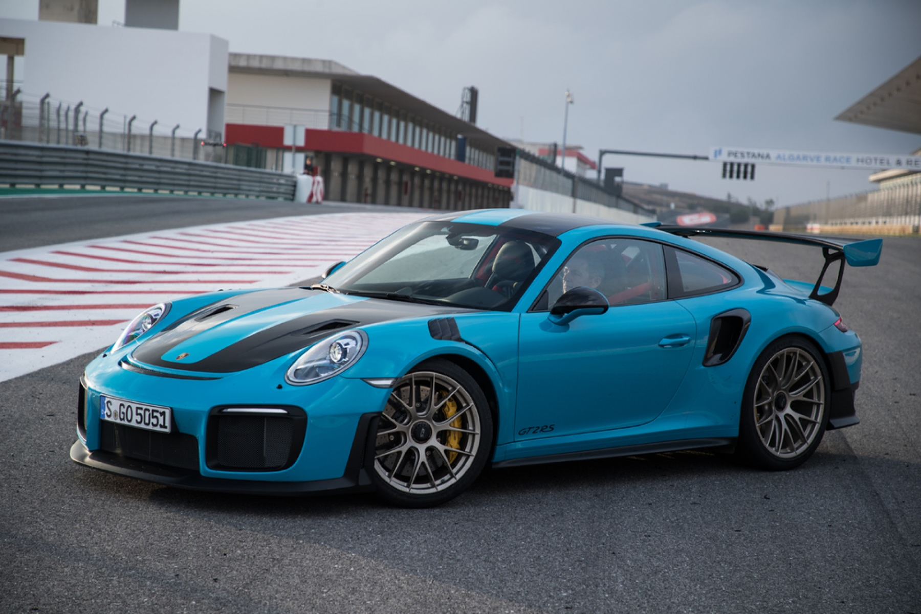 911 gt2 rs miami blue la nuova porsche 911 gt2 rs. Black Bedroom Furniture Sets. Home Design Ideas