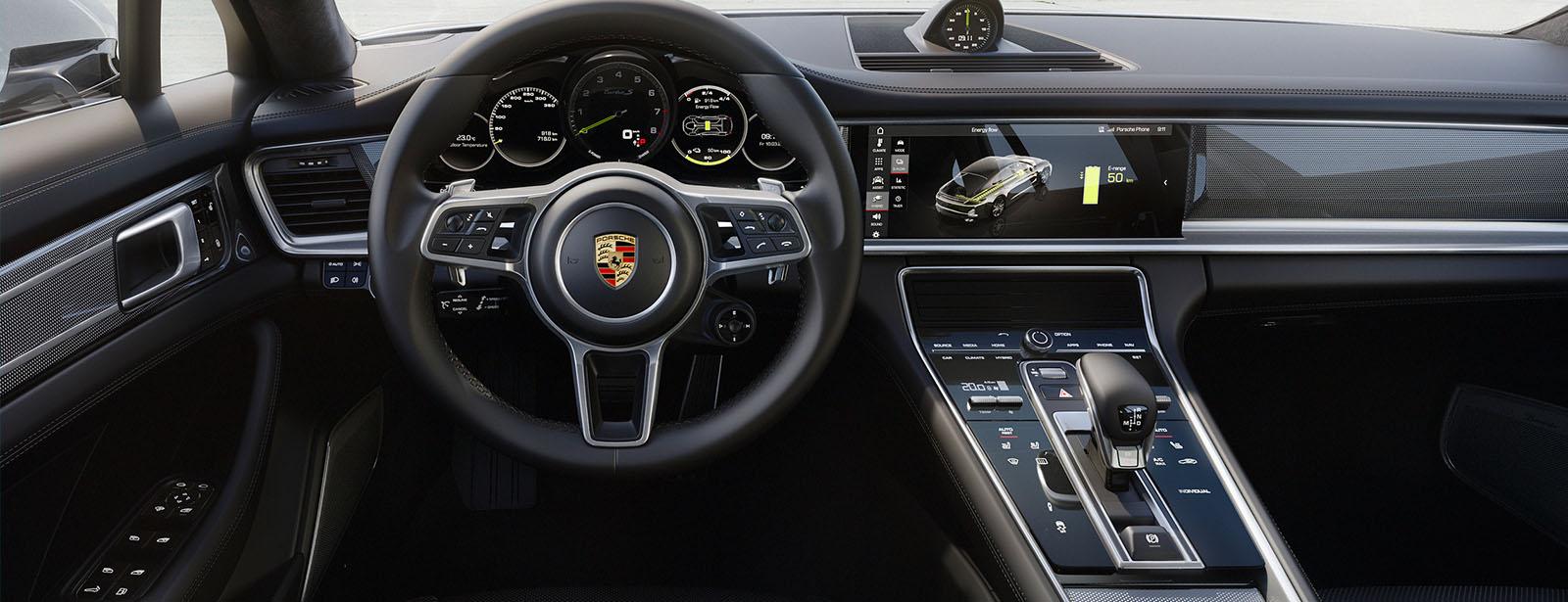 Porsche Advanced Cockpit With Hybrid Specific Displays The New Porsche Panamera Turbo S E Hybrid