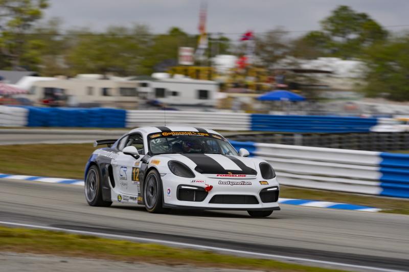 Cayman Gt4 Clubsport Motorsport Media Guide 2018