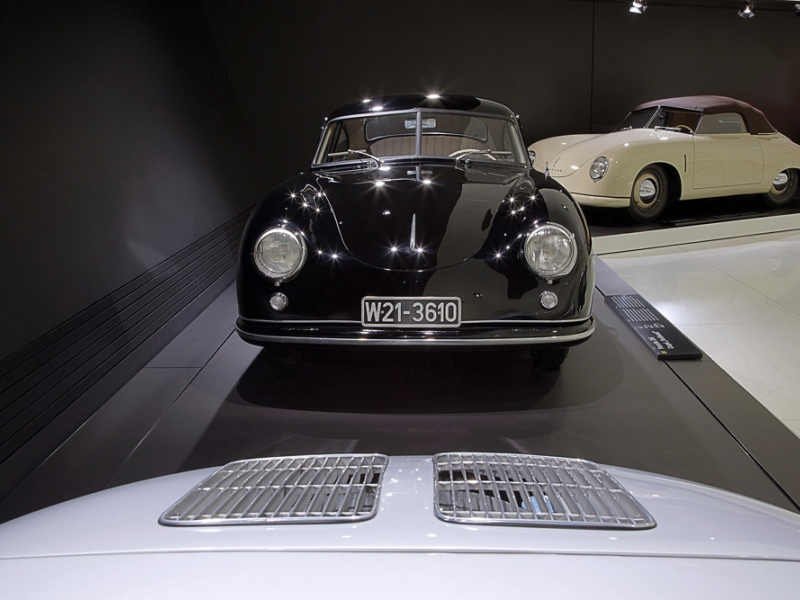 an analysis of the topic of ferdinand porsche Porsche case study (case study sample)  ferdinand porsche laid the foundations of porsche in 1931 after founding the porsche  case and swot analysis for.