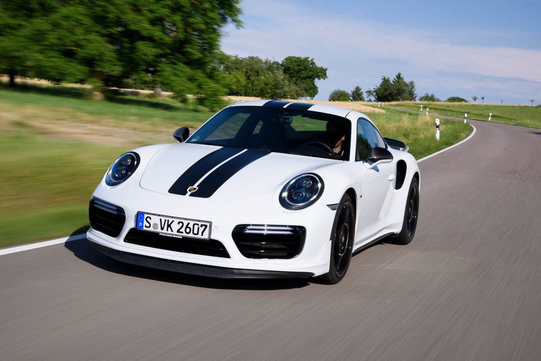 911 Turbo S Exclusive Series Carrara White Metallic
