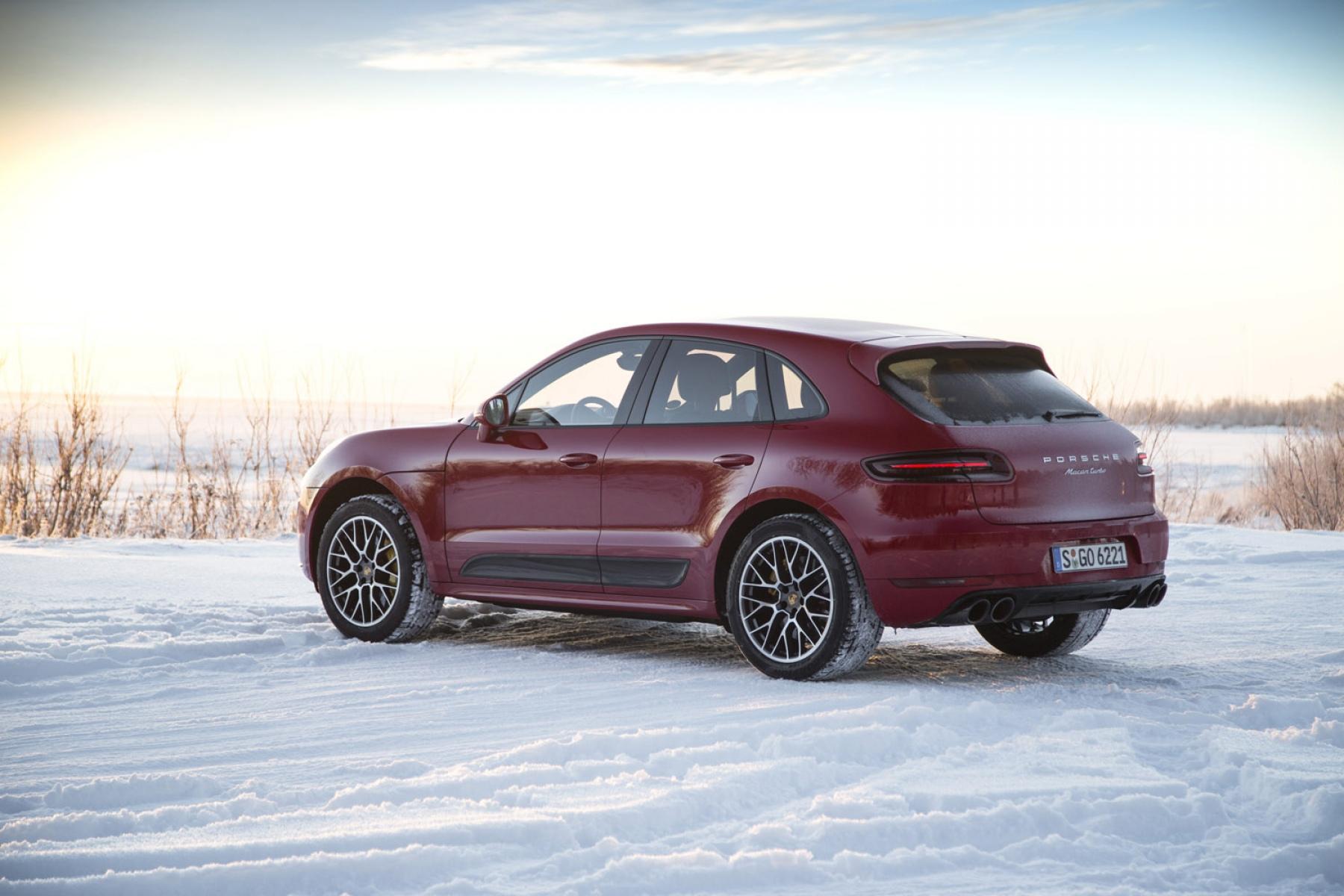 Porsche Macan Gts >> Macan Turbo PP karminrot - Winter Performance Drive Finnland